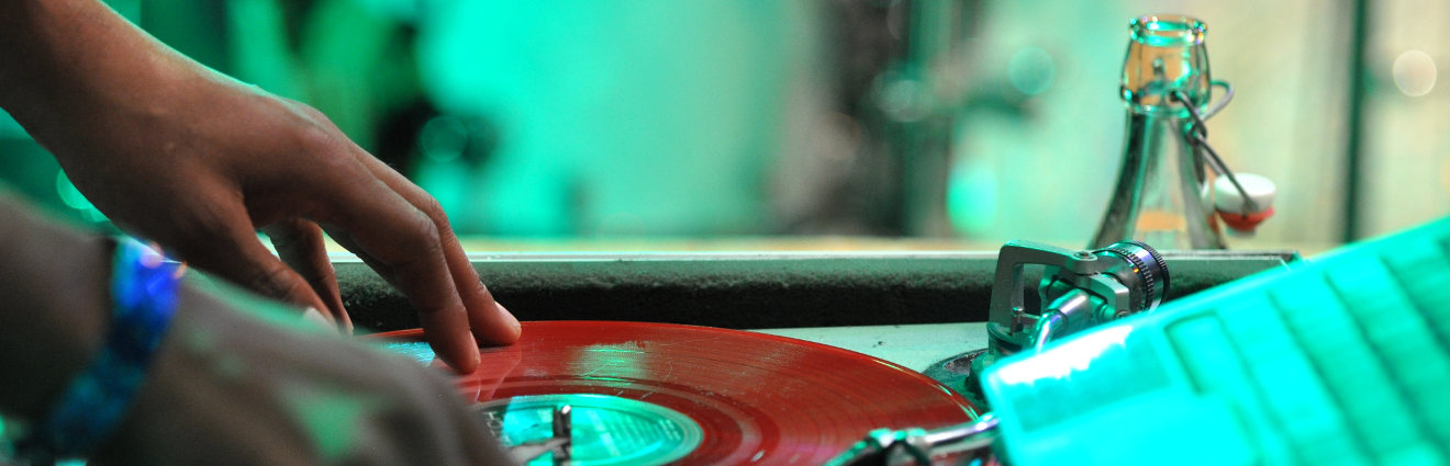 Les Inrocks, contribution à l'écriture d'une histoire des musiques amplifiées ?