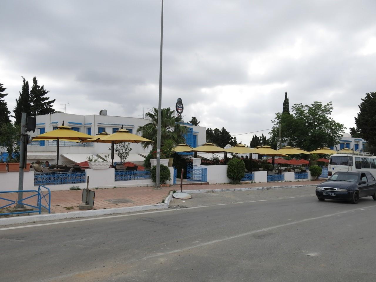 Les gares du tgm l 39 atelier carthage for Sidi bou said restaurant