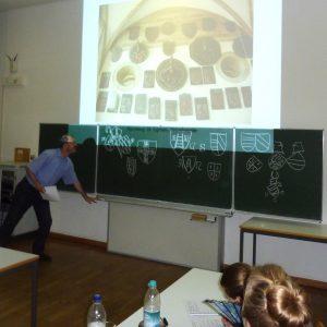 Sitzung von Herrn Dr. Drös aus Heidelberg zur Heraldik. Foto: Franz-Albrecht Bornschlegel