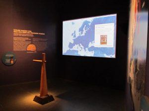 interaktive Steuerruder durch die Geschichte (Foto: Christoph Schweiger).