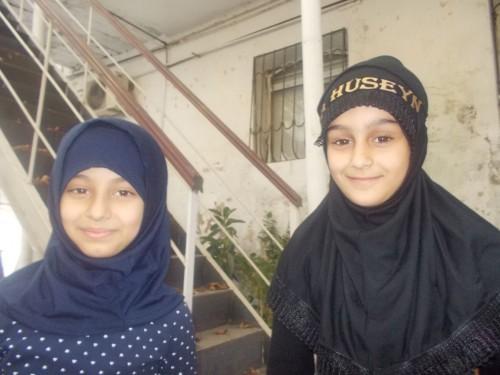 Jeunes participantes à l'Achoura, mosquée Fatma-Zahra. A. Braux, 2015
