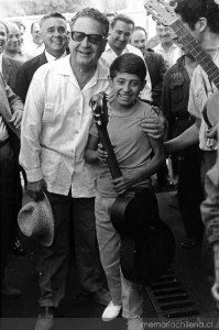Allende con un niño, Campaña Presidencial 1970