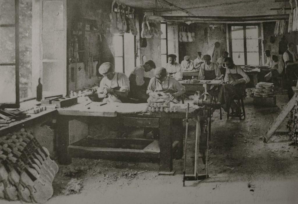 Maison Humbert-Laberte Frères à Mirecourt (carte postale)