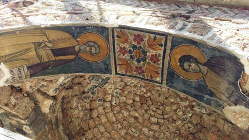 Fresques extérieures de la basilique Saint-Nicolas. © Didier Lafleur