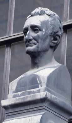 Buste d'André Marie Constant Duméril, Galerie de paléontologie du Muséum (Paris) © M.N.H.N. - Bernard FAYE