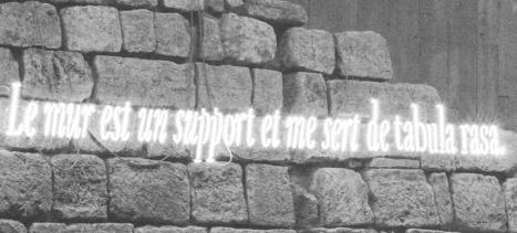 « Le mur est un support », Joseph Kosuth, 'ni apparence ni illusion'. Cliché Florian Kleinefenn (détail) © musée du Louvre