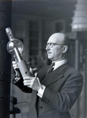 Jean Thibaud plaque de Verre musée hist medecine