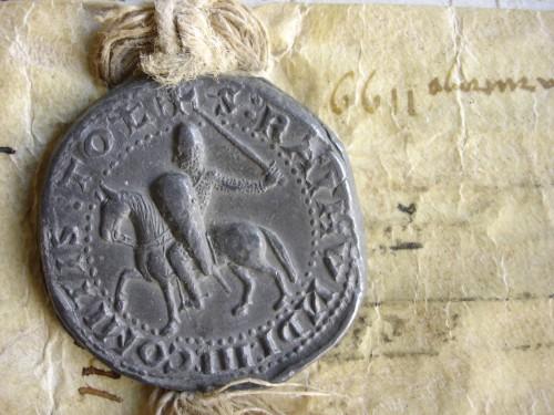 Ill. 4 : Bulle du comte de Toulouse Raimond V pour le comté de Mauguio (1199). © Laurent Macé, tous droits réservés.