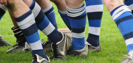 1280px-Rugby_socks-672x372