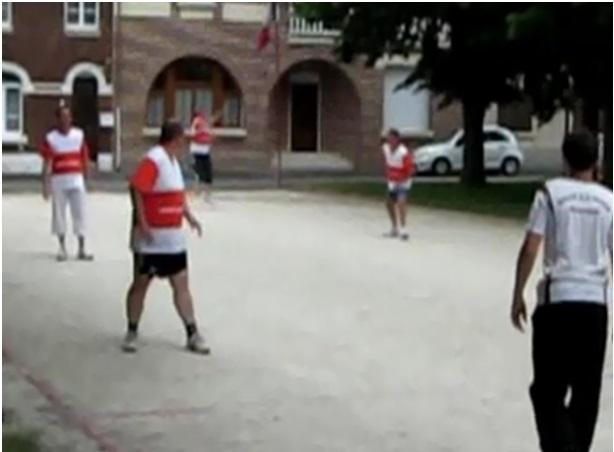 Joueurs de balle à la main, extrait de la vidéo fournie par Guy Dumont