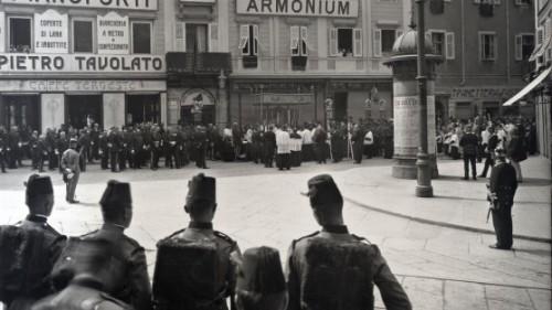 Trieste. 2 luglio 1914 - Lo sbarco dei feretri dell'Arciduca Francesco Ferdinando e della moglie