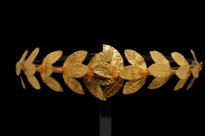 Corona aurea a foglie di quercia, oro - Museo Archeologico Nazionale di Taranto