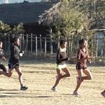 Cinq filles qui courent / Five girls running (© Alain Borgel)