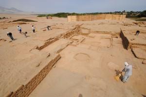 Figura 2. patio del C.A. 46. Fuente Proyecto Arqueológico Huaca de la Luna 2012.