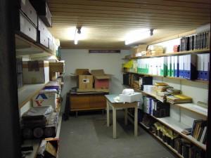Der Archivraum im Keller des alten Pfarrhofes