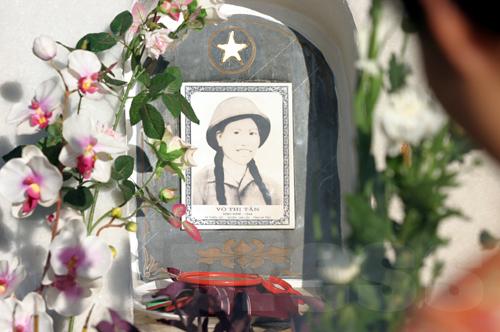 Chị Võ Thị Tần. Sinh năm 1944. Thiên Lộc, Can Lộc, Hà Tĩnh © Bui Tuan
