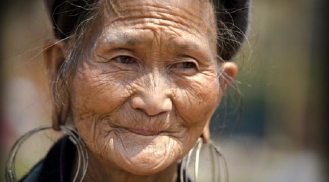 « De si lointains regards » : Visages de femmes au Nord-Vietnam