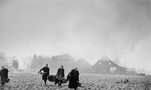 """COSMOPOLIS présente :  """"Migrations. L'Europe dans le mouvement du monde. 20e et 21e siècles"""", Expositions-Spectacles-conférences-films, Nantes du 12 septembre au 9 octobre 2016"""