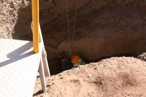 Descente dans la mine de Samut nord (© B. Redon, mission française du désert Oriental)