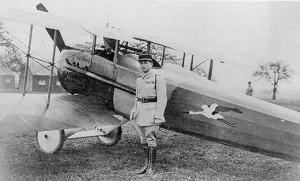 Avion du Capitaine René Fonck. Représentation d'une cigogne d'Alsace.