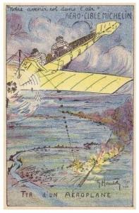 Carte postale figurant Bibendum brandissant une couronne de lauriers à la gloire des aviateurs partis au combat.