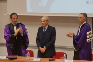 Robert Badinter, parrain de la promotion, entouré d'Yves Jean, Président de l'Université de Poitiers, et de Francis Cottet, directeur de l'Ensma