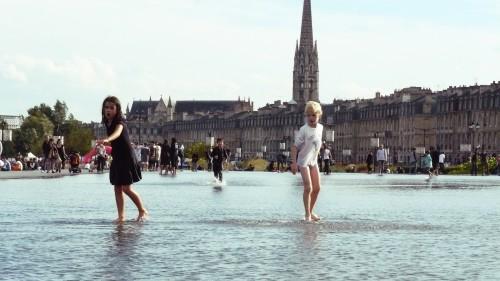 Marcher sur l'eau. (cc) Alexia DI CIOCCIO (20/10/2013)