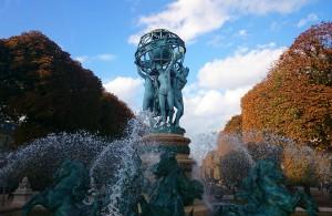 FIGURE 3: Les quatre parties du Monde, a statue in the Jardin des grands explorateurs. The Statue is located on the Paris meridian