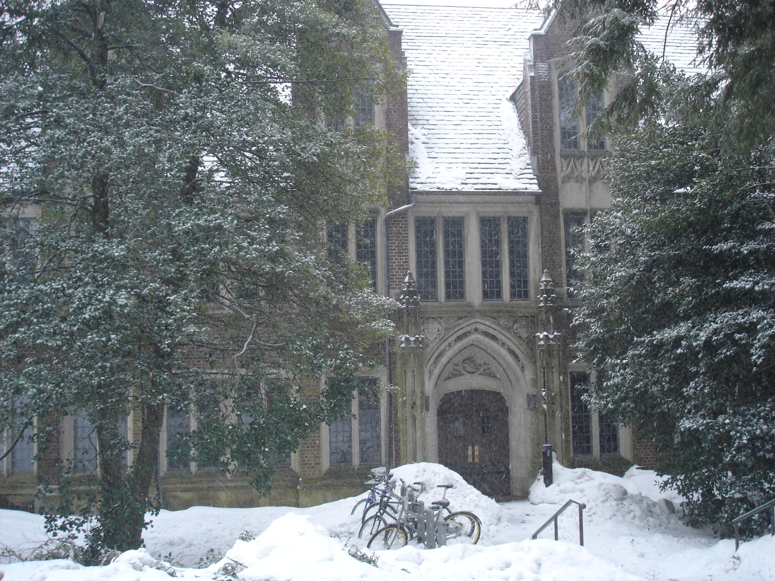 Hall Jones, Université de Princeton