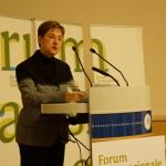 Introduction by Irmela Hijiya-Kirschnereit