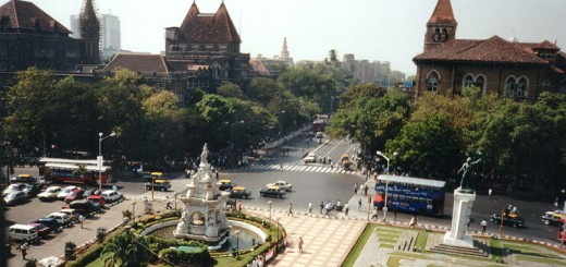Flora Fountain and the Hutatma Chowk Memorial in 2001. Courtesy of Thomas Güther.