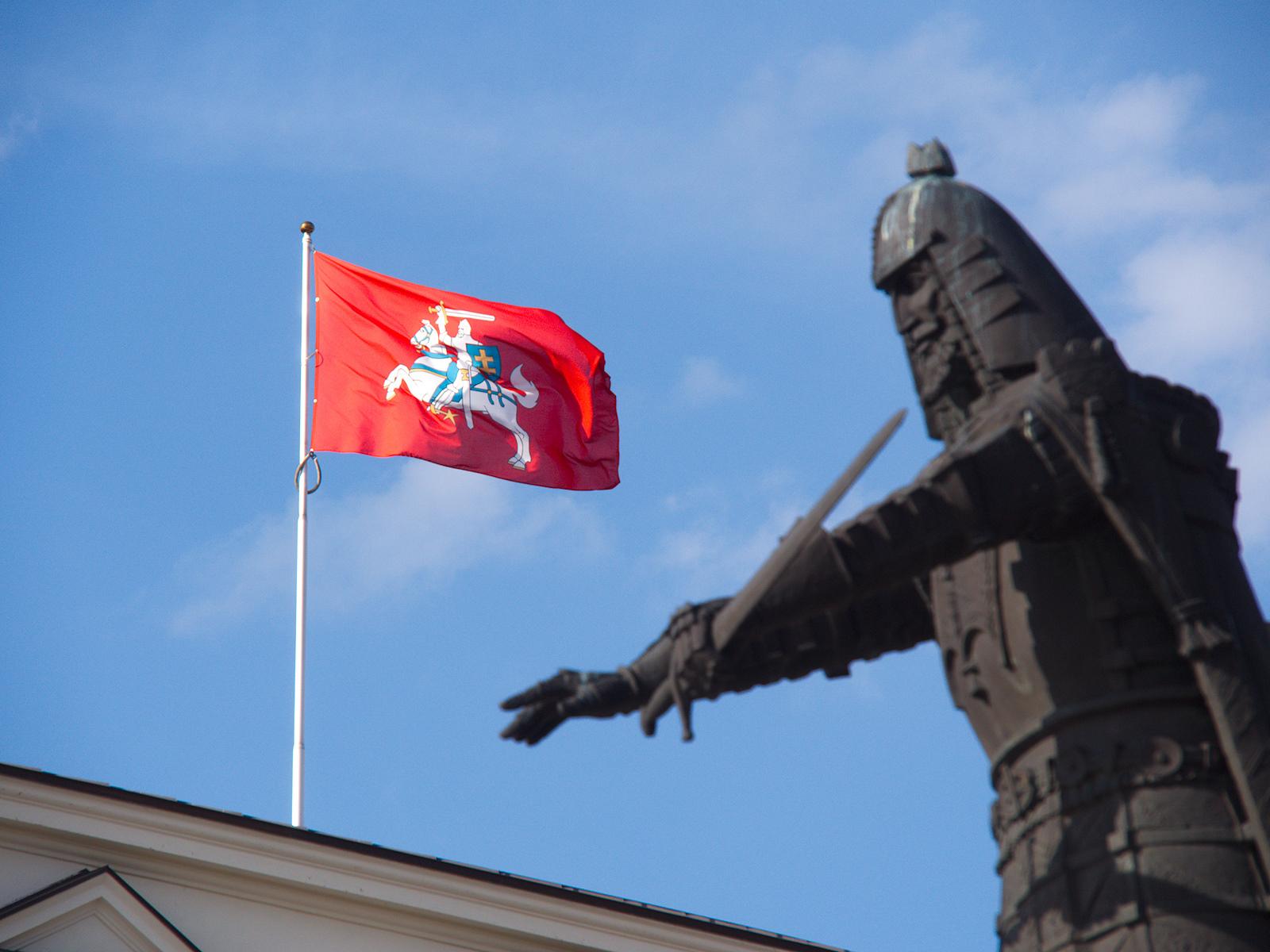 Vilius, monument à Gediminias. Photo Sarunas Burdulis sous Licence CC BY 2.0