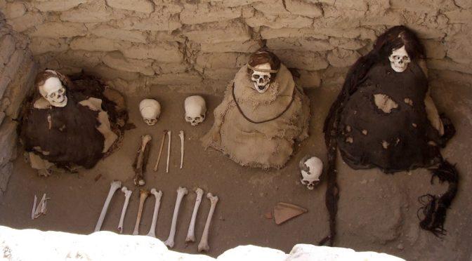 Conquête, conversion, et rites funéraires dans les Andes péruviennes aux 16e-17e siècles