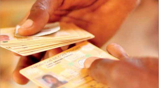 Biomaîtriser les identités? État documentaire et citoyenneté au tournant biométrique (Politique africaine 2018/4, n° 152, P. 5-29).
