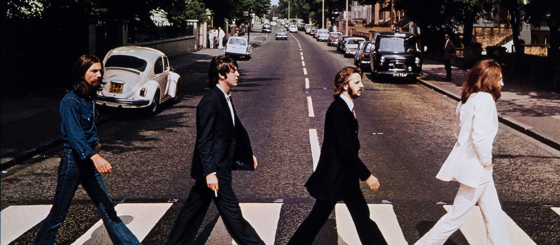 Hommes qui marchent mais vers o biblioweb for Beatles tattoo abbey road