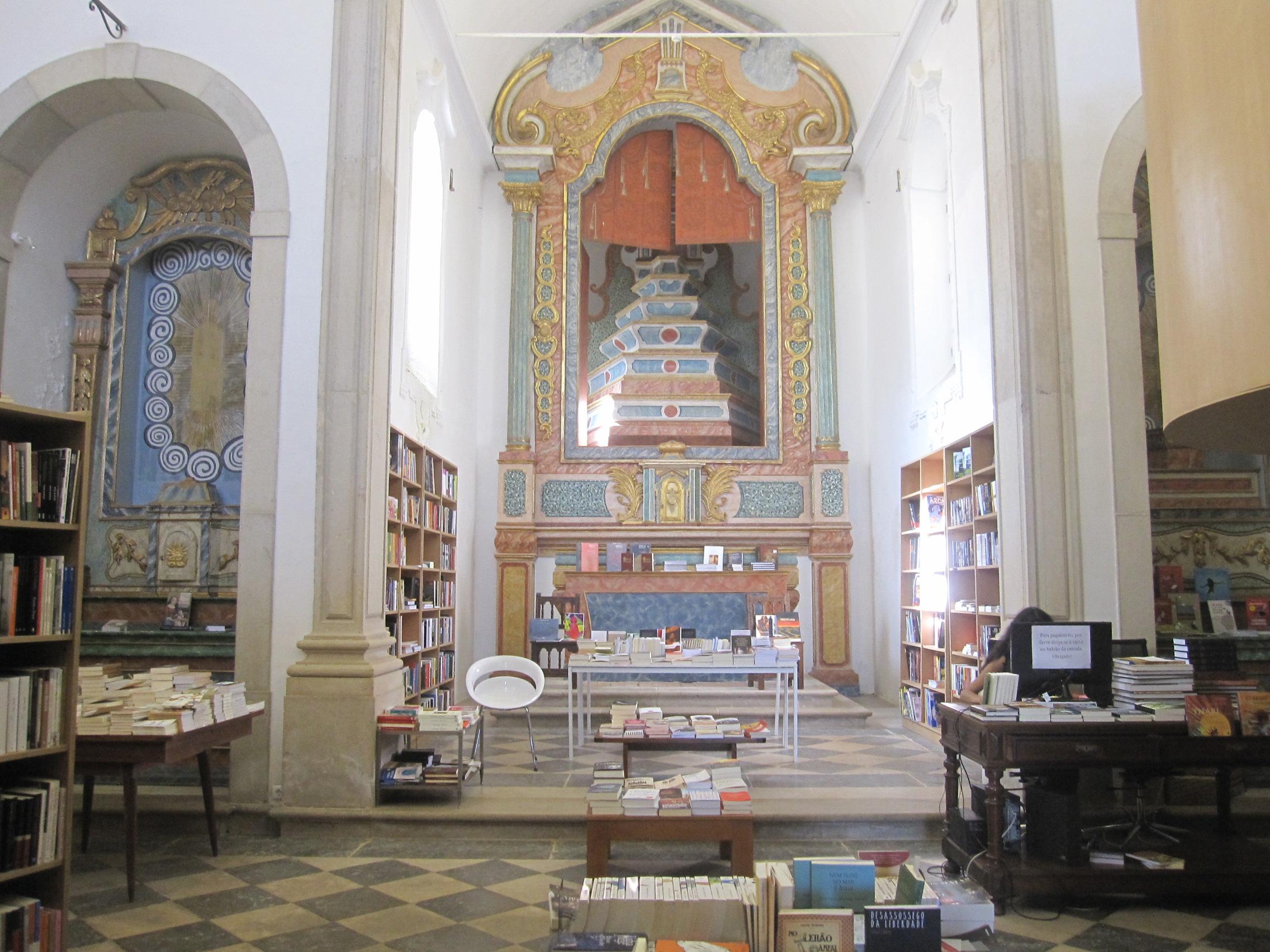 Obidos-librairie-eglise4