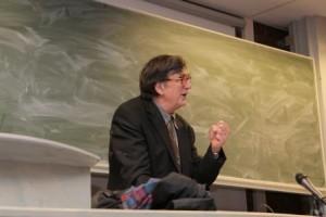 Science studies en scène. Bruno Latour, saisi dans le vif (crédits : http://droit-public.ulb.ac.be/)