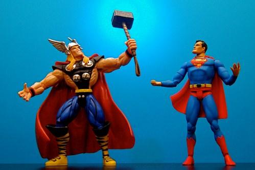 Mythologie juvénile et super-pouvoirs critiques : avoir Thor ou raison ? (crédits : JD Hancock, 2010, via Flickr)