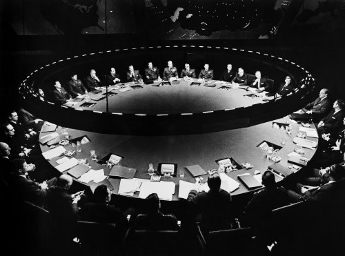 MAD. Dr Strangelove de Stanbley Kubrick, 1964 (source : http://www.military-history.org/articles/war-on-film-dr-strangelove.htm)