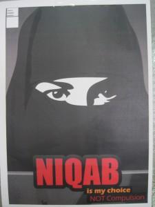 Niqab is my choice, not compulsion, Tunis, mai 2013 (Loïc Le Pape CC-BY-NC)