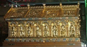 Coffin of Charlemagne | Public Domain