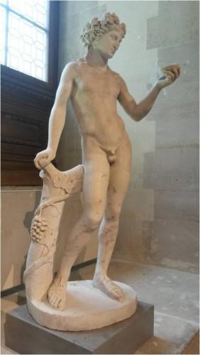 Figure 2 : Bacchus Mazarin, marbre, H. : 1,48m, MA 337, musée du Louvre