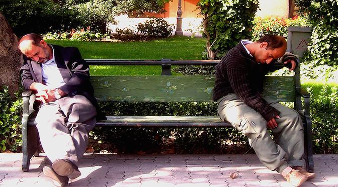 Hommes endormis