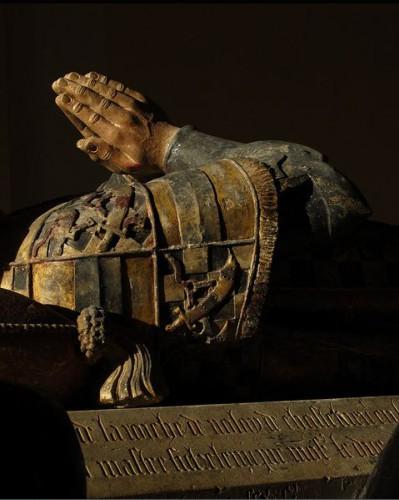 Tumba de Philippe Pot, senescal de Borgoña (detalle). Atr. a Antoine Le Moiturier (cir 1477). Museo del Louvre