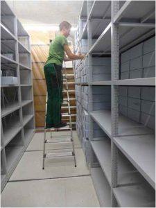 Gesucht wird jemand u.a. für den Aufbau des Archivs