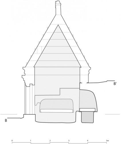 (c) G. Charpentier - Restitution du mausolée pyramidal; coupe Est-Ouest