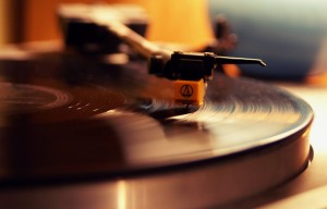 Record Player (photo: Hoffnungsschimmer under CC BY-SA 2.0)