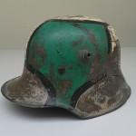 Stahlhelm mit Camouflage (Tarnmuster)<br /> Privatbesitz