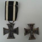 Eisernes Kreuz II. (links) und I. Klasse<br /> Privatbesitz