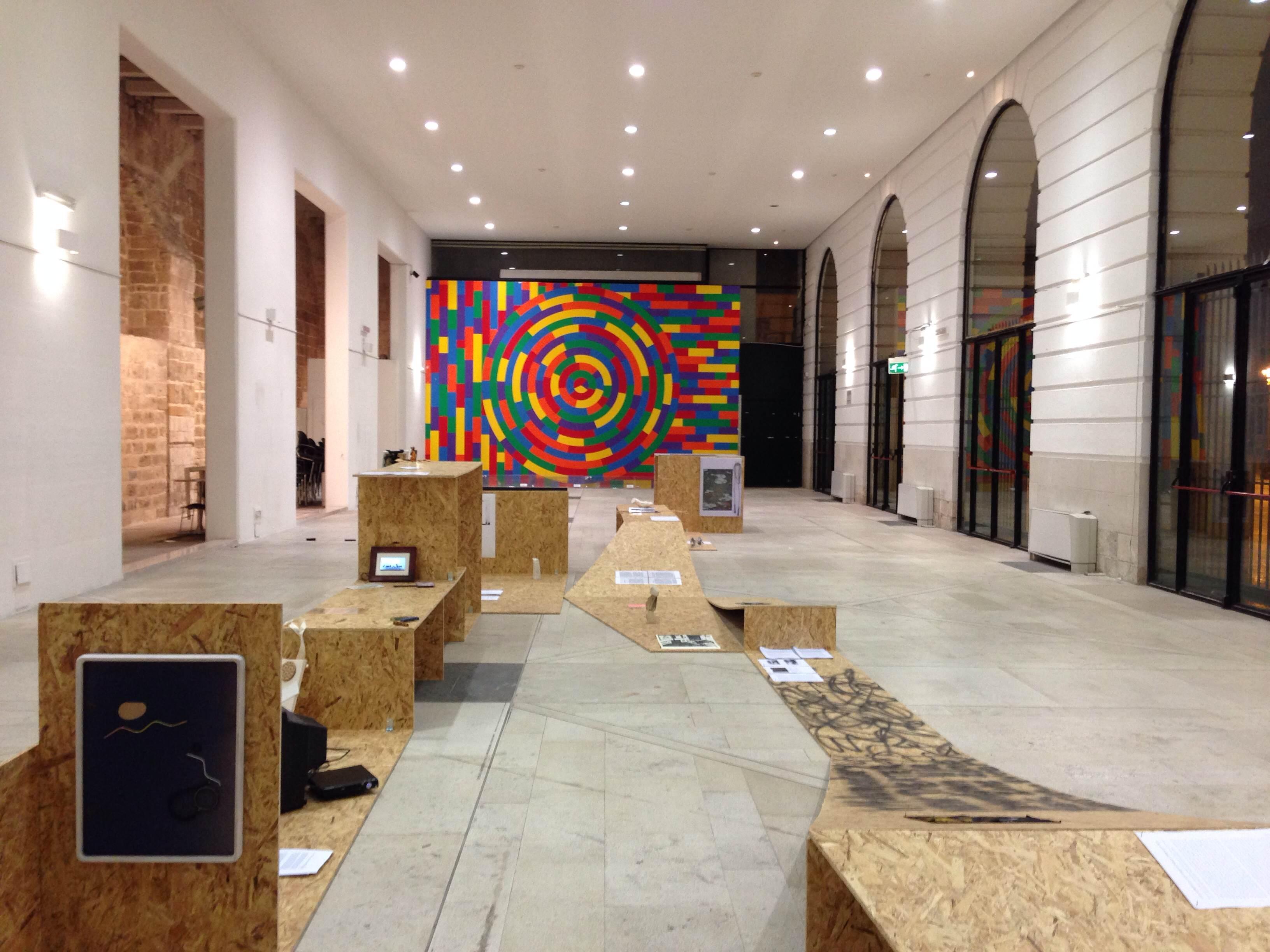 "Exposição ""Mediating Landscape"" de Paul Branca Bari, Galeria Murat, 2014"